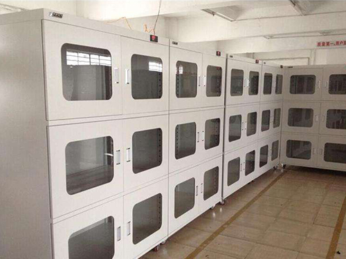 客户该如何选择防潮柜的放置地点?
