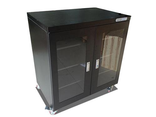 购买防潮箱设备您需了解的事项